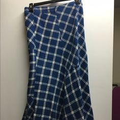 Ralph Lauren skirt Adorable Ralph Lauren blue & cream plaid skirt! Perfect with a pair of brown boots!! Ralph Lauren Skirts A-Line or Full