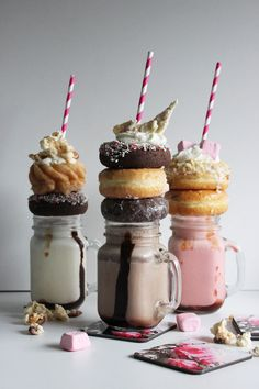 Poppytalk: Happy Holiday Neopolitan Extreme Milkshakes!  OH MY GOD WHERE CAN I GET THESE?!?!??!!!!