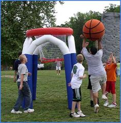 OverSized basketball game
