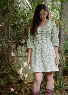 Robe Sureau dress pattern by Deer and Doe....english translations coming soon.