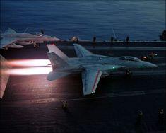 「トップガン」「ファイナル・カウントダウン」などのハリウッド映画や「アフターバーナー」「エリア88」など数々のゲーム・コミックに登場し、華を添えてきたアメリカ海軍の傑作戦闘機F-14トムキャットの画像で...                                                                                                                                                                                 もっと見る