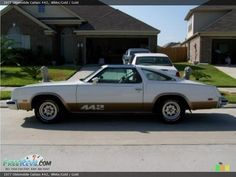 First muscle car I ever drove & fell in love with, 1977 Cutlass 442. Mine was black with maroon racing stripes. muscle-cars