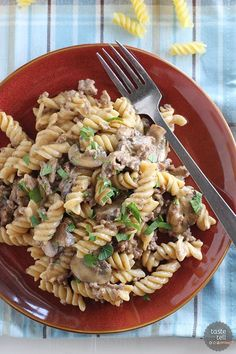 This One Pot Ground Beef Stroganoff is an easy dinner idea!