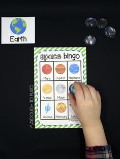 Fun space activity for kids! Play a round of FREE Space Bingo. Perfect for an outer space unit or science activity. Planets Activities, Solar System Activities, Space Activities For Kids, Space Preschool, Solar System Crafts, Our Solar System, Science For Kids, Science Space, Solar System Games
