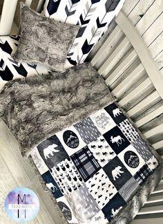 68 Ideas for baby boy nursery woodland bedding sets shops Tips on Decorating Your Baby Nursery Baby Boys, Baby Boy Rooms, Baby Boy Nurseries, Baby Cribs, Baby Boy Bedding Sets, Crib Sets For Boys, Crib Bedding Boy, Crib Sheets, Ideas