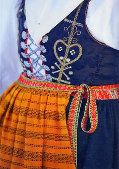 Hello all, I feel that I have neglected a couple of European countries, and I wish to remedy that. Today I will take a deeper look at. Scandinavian Embroidery, Scandinavian Folk Art, The Swede, Folk Clothing, Embroidered Tunic, Folk Costume, Textiles, Ethnic Fashion, Traditional Dresses
