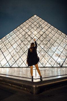 Glamour at the Louvre :: Paris Paris Pictures, Paris Photos, Travel Pictures, Travel Photos, Europe Photos, Museum Paris, Louvre Museum, Paris Photography, Travel Photography