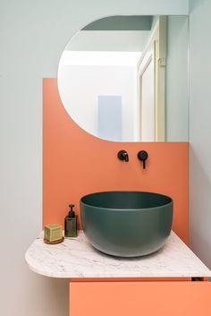 Hide And Seek - Picture gallery Art Deco Bathroom, Modern Bathroom, Small Bathroom, Contemporary Bathrooms, Washroom Design, Bathroom Interior Design, Home Organization Hacks, Bathroom Inspiration, Colorful Interiors