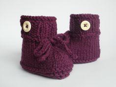 Strick- & Häkelschuhe - Babyschuhe gestrickt - dick Herbst Winter - ein Designerstück von ellyshop bei DaWanda
