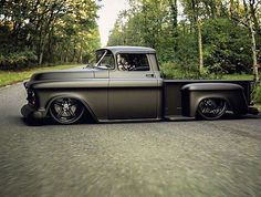 Photos) - A truck is a beautiful thing. It is simple and useful – like our dads and granddads were. Trucks are tough, sturdy and reliable. Sure, they get poor. Bagged Trucks, Lowered Trucks, Hot Rod Trucks, Gm Trucks, Cool Trucks, Pickup Trucks, Cool Cars, Lifted Trucks, Jeep Pickup