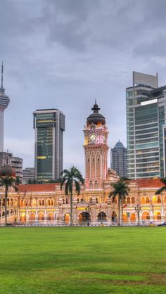 Sultan-Abdul-Samad-Building-Kuala-Lumpur-Malaysia