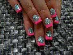 Shellac Chevron Nail Designs - Nails have actually come to be important fashion accessories for ladies in today day world Fancy Nails, Love Nails, Pink Nails, How To Do Nails, Glitter Nails, My Nails, Silver Glitter, Sparkle Nails, Fabulous Nails