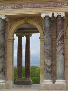 Columns at the Trianon, Versailles Chateau Versailles, Palace Of Versailles, Classical Architecture, Architecture Details, French Architecture, Rococo, Baroque, Louis Xvi, French Royalty