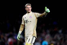 Manuel Neuer cuidando la portería del Bayern Munich.
