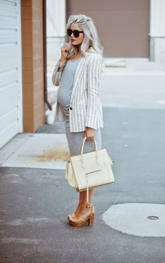 Stylish maternity outfit.