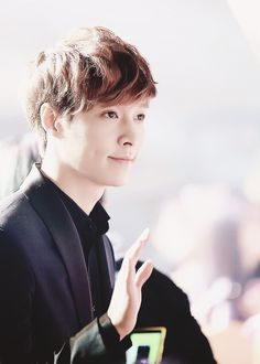 Lay and his dimples, OMG I can't // Let's show EXO that we'll follow and love them into 2015!! #CheerUpEXO