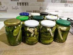 Castraveți murați pentru iarnă Brunei, Pickles, Cucumber, Mason Jars, Recipes, Food, Recipies, Essen, Mason Jar