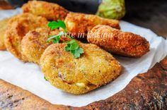 FRITTELLE DI MELANZANE AL FORNO della mamma veloci Appetizer Recipes, Appetizers, Antipasto, Recipe For 4, Tandoori Chicken, Salmon Burgers, Finger Foods, Italian Recipes, Baked Potato