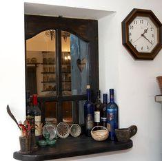 adelaparvu.com despre Anca Ciuciulin si casa ei cu decor traditional romanesc (19) Liquor Cabinet, Sweet Home, Traditional, Storage, Interior, Photography, House, Spaces, Furniture