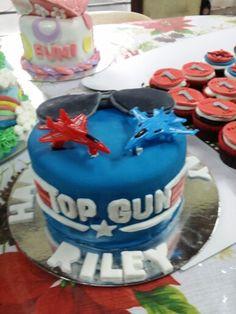 Top Gun themed cake