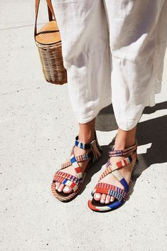 Easy Yoga Workout - Free People woven sandal Get your sexiest body ever without,crunches,cardio,or ever setting foot in a gym Latest Summer Fashion, Summer Fashion Trends, Summer Trends, Sock Shoes, Shoe Boots, Shoe Bag, Shoes Sandals, Fall Shoes, Summer Shoes