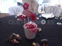 Recordando la decoración que lucieron cada una de las mesas del prestigioso restaurante vinoteca Galia en A Coruña, para celebrar el Día de la madre.