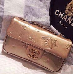 Architd Customized Cute Retro Coin Purse Personality Metal Lock Purse Girl Kiss And Buckle Change Purse Ladys HandbagBlack-and-white Irregular Triangular Stripes