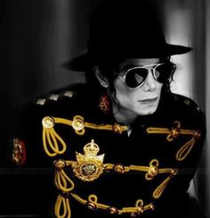Michael Jackson is the most beautiful person that ever lived! Jackson Life, Janet Jackson, Mad Max 3, Art Michael Jackson, Prince Of Pop, King Of Music, The Jacksons, Hold My Hand, Music Icon