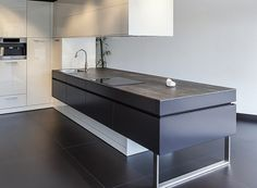 Fabulous Neolith Iron Collection surface for the kitchen in chic grey