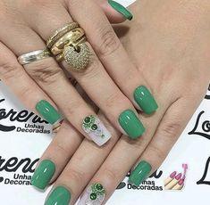 Korea Nail Art, Green Nails, Tag Art, Nail Art Designs, Saint Patrick, Nail Ideas, Pose, Success, Beauty