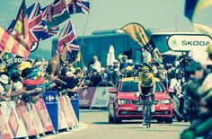 Chris Froome and Eddy Merckx - only riders to win in yellow on top of the windy mountain