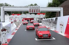 AUDI - AUTO NEWS WÖRTHERSEE 2014 Fullscreen Gallery AUDI AG AutomotiveEvents2014 WELCOME TO THE PIT LANE