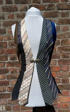 Upcycling ideas from old clothes - real ties stylish and creative recycling, # Check more at . - Upcycling ideas from old clothes – real ties stylish and creative recycling Source by - Mode Steampunk, Steampunk Costume, Steampunk Fashion, Steampunk Vest, Old Ties, Diy Kleidung, Diy Vetement, Old Clothes, Reuse Clothes