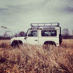 Land Rover : Defender Hard Top. Go on safari in your own neighborhood.