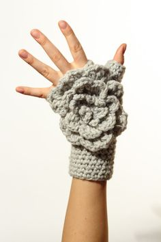 I will be making these flower fingerless gloves!