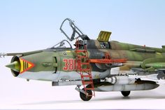 After my visit at Świdwin Air Base last year: http://www.britmodeller.com/forums/index.p...c=71614&hl= I decided to build our Su-22M4 in new NATO-called...