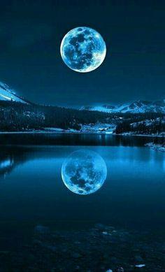 Moon Moon, Blue Moon, Moon River, The Moon Is Blue, Dark Moon, Moon Art, Moon Phases, Beautiful Scenery, Beautiful Landscapes