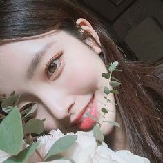 Find images and videos about girl, pretty and korean on We Heart It - the app to get lost in what you love. Pretty Korean Girls, Cute Korean Girl, Pretty Asian, Beautiful Asian Girls, Mode Ulzzang, Ulzzang Korean Girl, Korean Beauty, Asian Beauty, Chica Cool