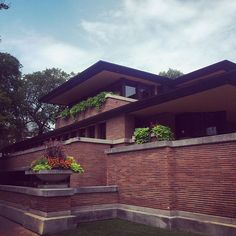 Insta Robie House #cities #style #wright #prairiestyle #archilovers #architecture #chicago #flwright #illinois #michigan #travel #instatravel #international #igarchitecture #tourism