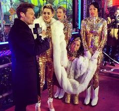 Who had the best New Year's Eve style: Miley Cyrus or Ariana Grande?