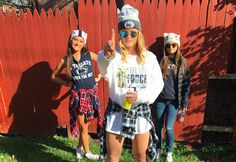 Penn state's best tailgating outfits th u друзья College Fashion, College Outfits, Outfits For Teens, Summer Outfits, Tailgate Outfit, Tailgating Outfits, Blue And White Outfits, Music Festival Outfits, Football Outfits