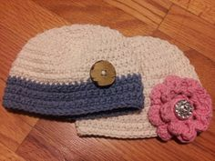 Crochet hats for newborn twins. Can be sold separately. Great for newborn pictures! www.facebook.com/lefthandcrochet