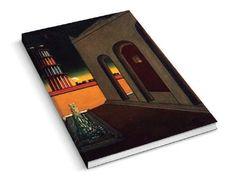 """Llibreta realitzada en motiu de l'exposició """"Somni o realitat. El món de Giorgio de Chirico"""" de CaixaForum Barcelona de juliol a octubre de 2017. La portada reprodueix el quadre """"Piazza d'Italia con fontana"""", les pàgines són en blanc.  Mida: 15 x 21 cm Material: paper."""