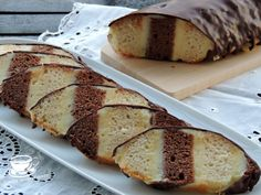 Prajitura la metru Banana Bread, Sweet, Easy, Desserts, Food, Sweets, Bakken, Candy, Tailgate Desserts