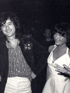 Jimmy Page with 2 of his groupies in the same picture. The Nite Jimmy Page dumped Pamela to be with Lori for the next few years. (Pamela had no clue she was about to be dumped that night, when this pic was taken) Pamela Des Barres, Jimmy Page, Famous Groupies, Led Zeppelin Guitarist, Elevator Music, John Paul Jones, John Bonham, Love Pictures, Rock And Roll