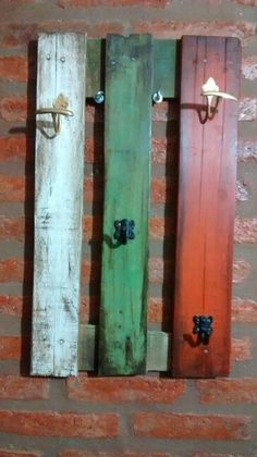 Perchero reciclado Chalk Paint, Painted Furniture, Colonial, Repurposed, Door Handles, Recycling, Sweet Home, Shabby, Wood