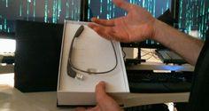 El primer desempaque de Google Glass, grabado con GoogleGlass