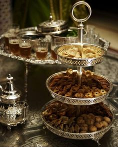 Moroccan cuisine is influenced by Morocco 's interactions and exchanges with other cultures and nations over the centuries. Moroccan cuisine is typically a mix of Mediterranean, Berber. Mint Tea, Iftar, Dessert Table, Dessert Pizza, Afternoon Tea, Tea Time, Food And Drink, Cooking, Ramadan