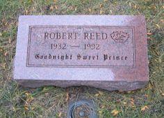 Robert Reed, Memorial Park Cemetery and Crematorium, Skokie, IL