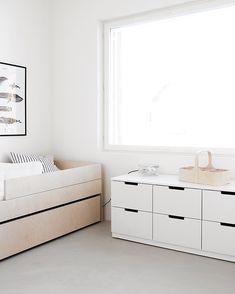 Bedroom Toys, Kids Bedroom, Minimalism For Kids, Minimalist Kids, Minimal Bedroom, Big Living Rooms, Kids Decor, Boy Decor, Nursery Decor